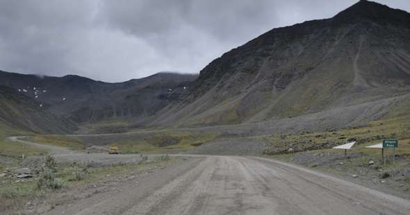 Dalton Highway southbound, beginning ascent to Atigun Pass summit