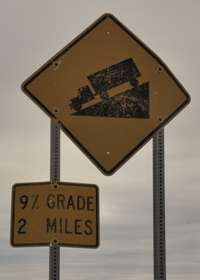 Grade sign for Beaver Slide
